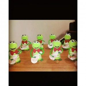 paper cup frog craft (2)