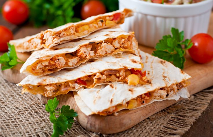 Although they aren't overly popular here in the North-West (although they should be) Quesadillas are quick, easy and delicious! They take a few minutes to make and can be eaten hot or cold.