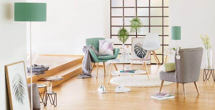 Micasa Wohnzimmer mit Sessel HENNING und Salontisch SACHS