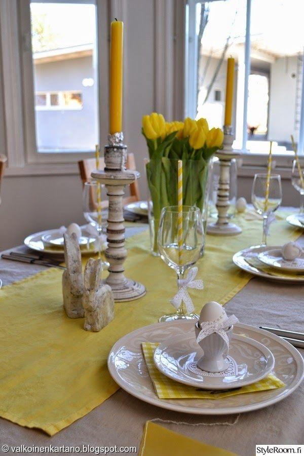 """""""Valkoinenkartano"""":n pääsiäiskattaus on keltainen ja täynnä söpöjä pääsiäiskoristeita. #pääsiäinen #kattaus #easter #kodinsisustus"""