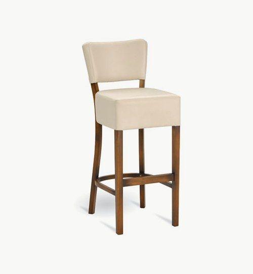 Barstol med klädd sits och ryggparti, många tyger och träfärger att välja på. Ingår i en serie med vanlig stol samt karmstolar. Barstolen är tillverkad i trä med bets samt med ett sittskal som är stoppat/klätt. Stolen väger 7,7 kg, vilket är en normal vikt för barstolar. Tyg Lido 100 % polyester, brandklassad. Tyg Luxury, 100 % polyester, brandklassad. Konstläder Pisa, brandklassad, 88,5% PVC, 11,5% polyester.