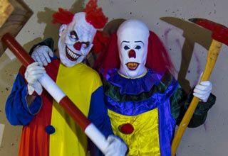 Scary Killer Clowns Prank