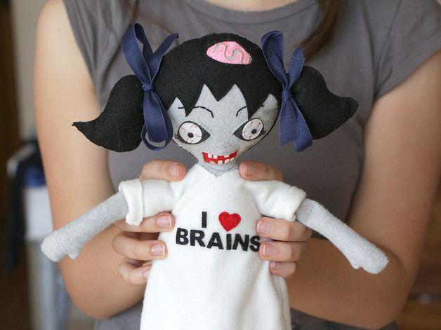 via en.dawanda.com Dolls – Lala Zombie – a unique product by ecotule on DaWanda