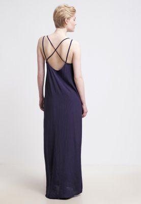 Das traumhaft leichte Kleid für deine nächste Party. Minimum EMANUELA - Maxikleid - patriot blue für 29,95 € (26.01.16) versandkostenfrei bei Zalando bestellen.
