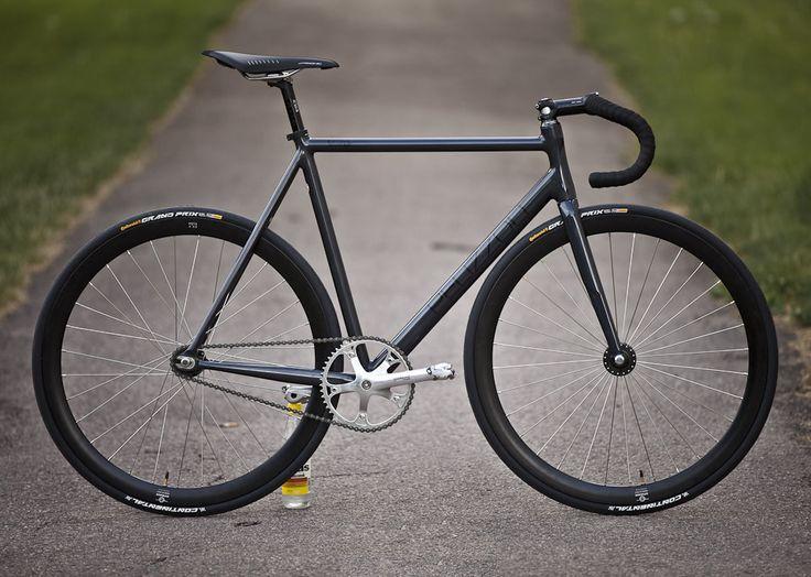 Vote Pelizzoli Leggenda on Bike Showcase https://itunes.apple.com/app/bikeshowcase/id896128024?ls=1&mt=8 #BikeShowcase
