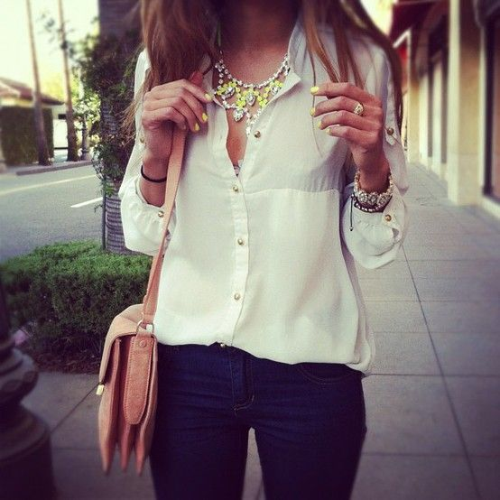 Neon, neon, neon #fashion Neon, neon, neon #fashionCasual Outfit, Fashion, Statement Necklaces, Style, White Shirts, Jeans, Neon Nails, White Blouses, Neon Yellow