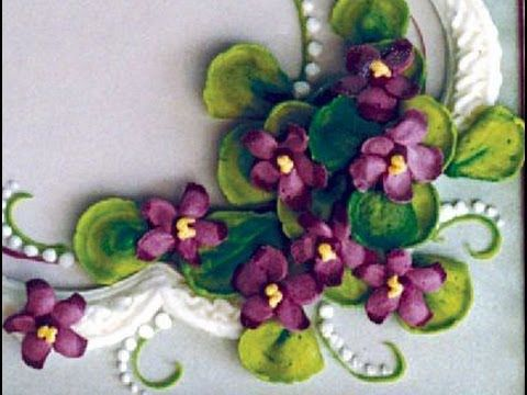 How to make quick buttercream violets (or other spring blossoms) - Roland Winbeckler