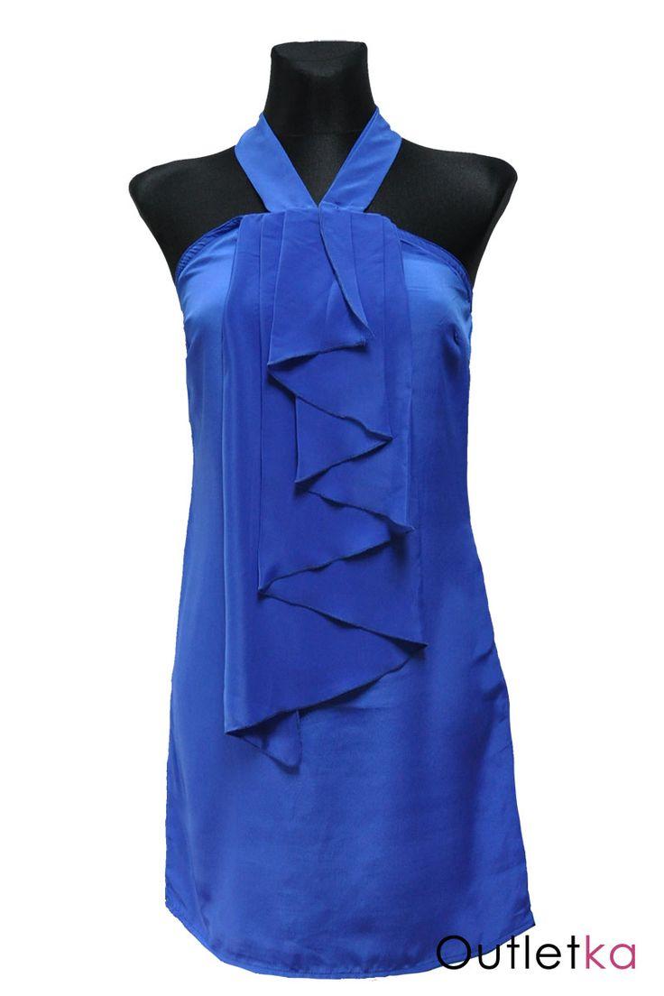 Nowa, sukienka firmy Awear dla Asos, w odcieniu niebieskim. Sukienka wiązana na szyi. Materiał lekki, zwiewny, lejący, lekko rozszerzający się ku dołowi sukienki. Z przodu posiada żabot, nadający ciekawy i oryginalny wygląd. U góry posiada gumkę, dzięki czemu dobrze dopasowuje się do sylwetki. Sukienka na podszewce. Z kompletem firmowych metek.