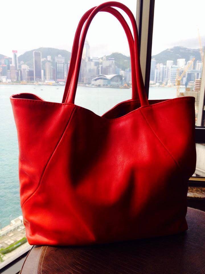 Yurkov red bag at Hong Kong :)