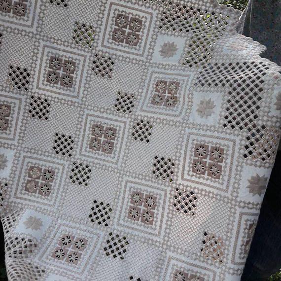 Mantel bordado manualmente Hardanger bordado mueble hecho a