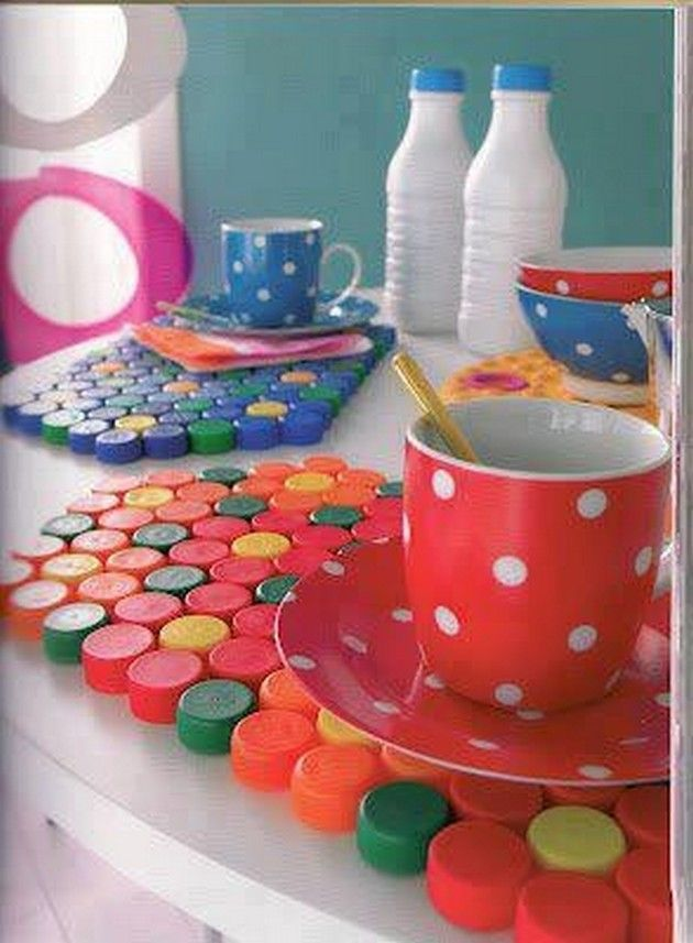 Recycled Bottle top Craft Ideas (18 Pics)