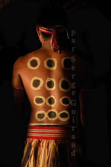 Brazil   Bororo Indian body painting for a funeral ceremony. Mato Grosso   ©Serge Guiraud, via Flickr
