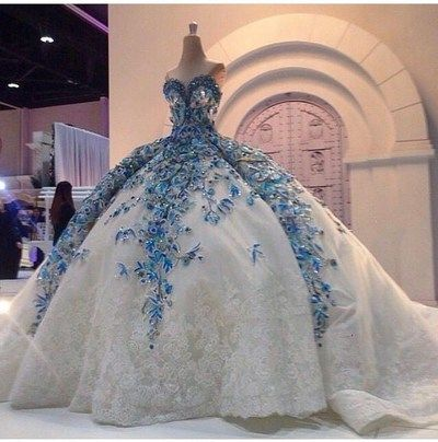 Sweetheart Beads Appliques Ball Gown,Lace Sleeveless Quinceanera Dresses from Show Fashion