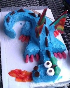 Dragon Birthday Cake! I want a dragon birthday cake ;(