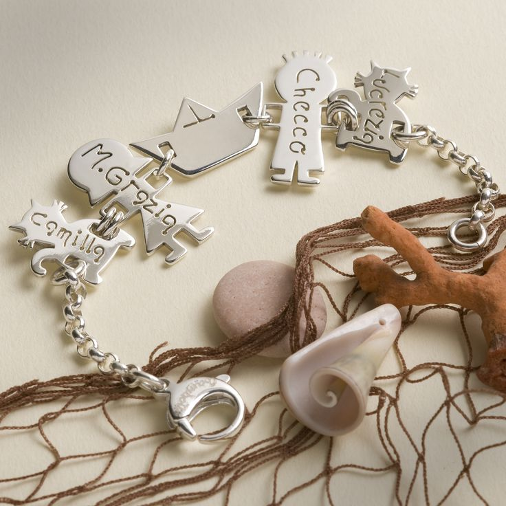 bracciale in argento 925  #iBamboli #madeinItaly #bracelet #gold #rosegold #whitegold #silver #charms #boat #family #cat #cutejewels #jewels #bologna #sottoletorri