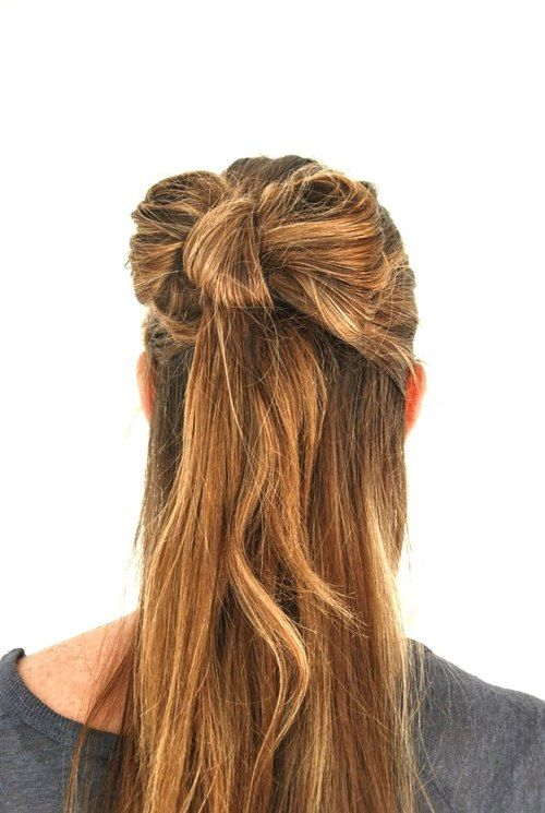 coiffure mariage noeud cheveux  http://lamarieeencolere.com/post/38366854356/noeud-cheveux