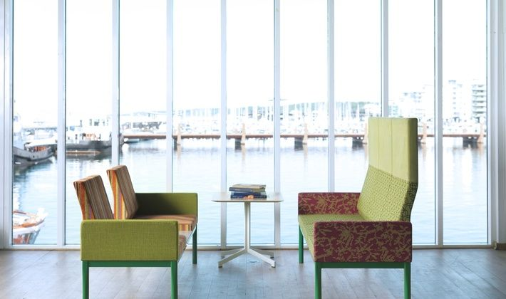 REFORM -  универсальная и модульная система диванов с неограниченными возможностями изменения формы и предназначения.