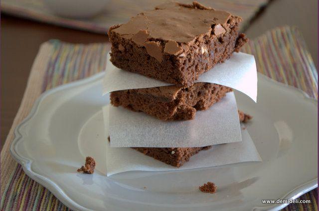 Σοκολατένια Μπράουνις με Καρύδια