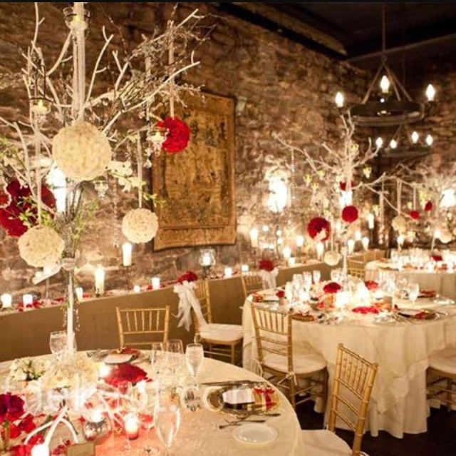 This Is A Stunning Winter Wedding Idea