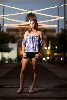 Texas Soccer Girl - Senior Pictures by Photographer Lisa McNIelPonder Texas Cheerleader Senior Pictures by Dallas Photographer Lisa McNielSenior Pictures for Boys who are Singers and like Choir by Dallas Photographer Lisa McNiel #soccerBoysandGirls