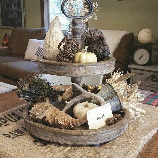 die besten 25 etagere dekorieren ideen auf pinterest etageren weihnachtlich dekorieren. Black Bedroom Furniture Sets. Home Design Ideas