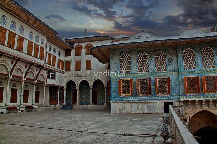 Turkey. Istanbul. Topkapi Palace. Harem. One of the courtyards ...