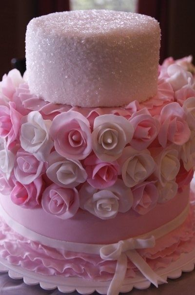 Pink Cake....beautiful detail