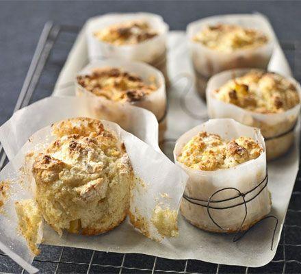 Tips van deVegetariër-redactie: - Je kunt deze muffins zo gezond maken als je zelf wilt. Vervang de bloem door volkorenmeel of speltmeel, voeg er extra zemelen aan toe voor meer vezels