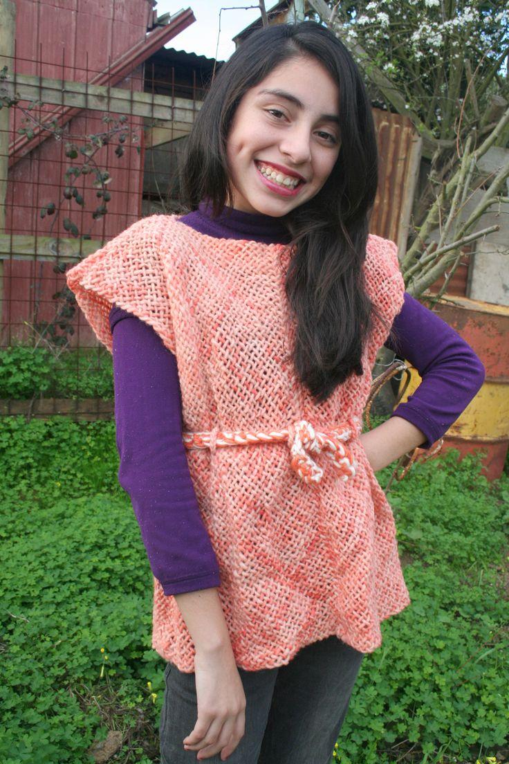 Vestido tejido a telar en lana natural, con amarre a la cintura!