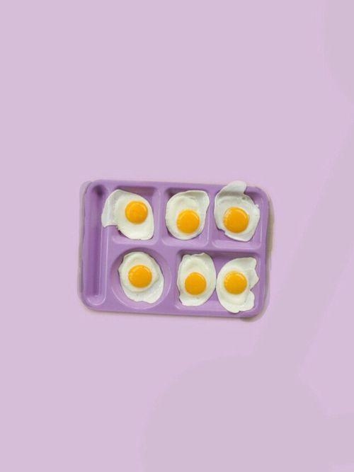 eggs in mauve