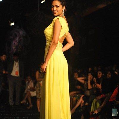 Manish Malhotra at Lakme Fashion Week 2014-33