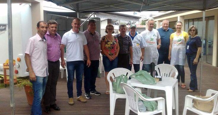 Governo de Lontras visita feira da agricultura familiar de Içara