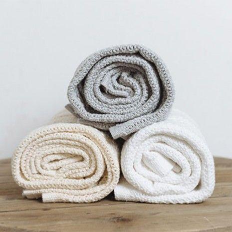 Hippychick Abeille Cellular Blanket - White
