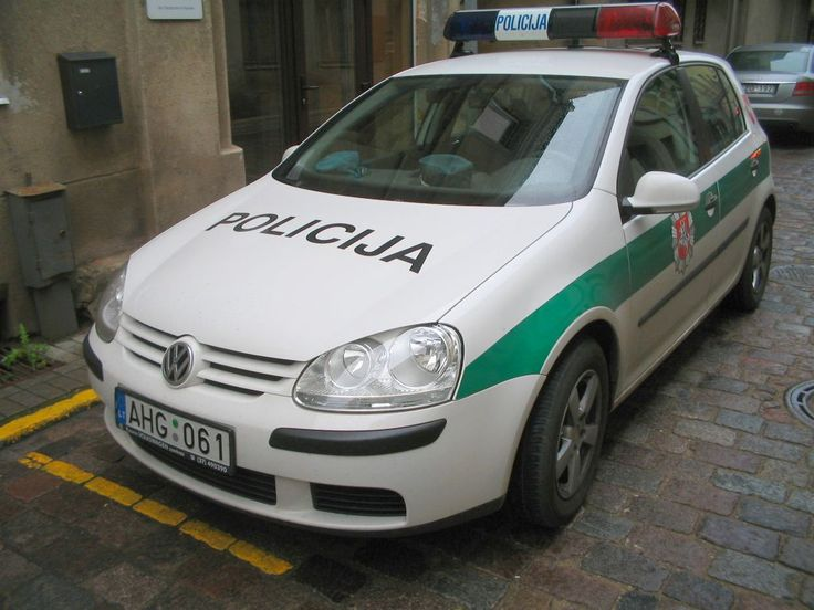 Kaunas-Police Cruiser - Police cars by country - Wikimedia Commons