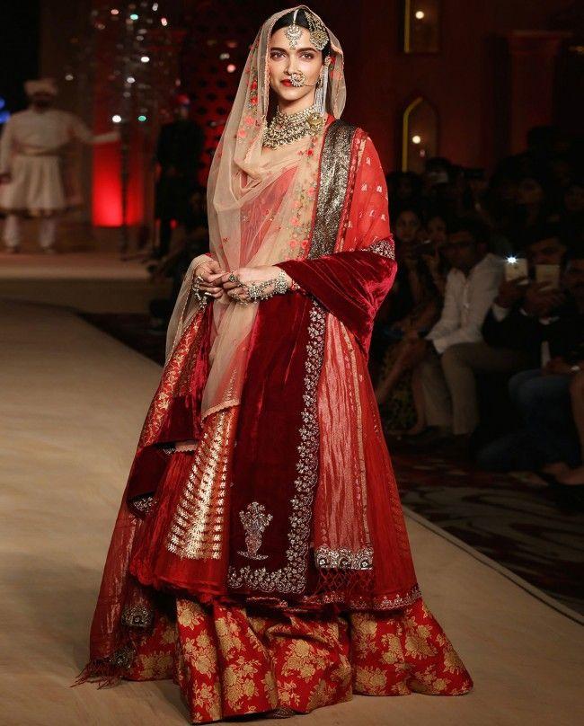 Anju Modi Bajirao Mastani Rose Persian Print #Lehenga. #DeepikaPadukone
