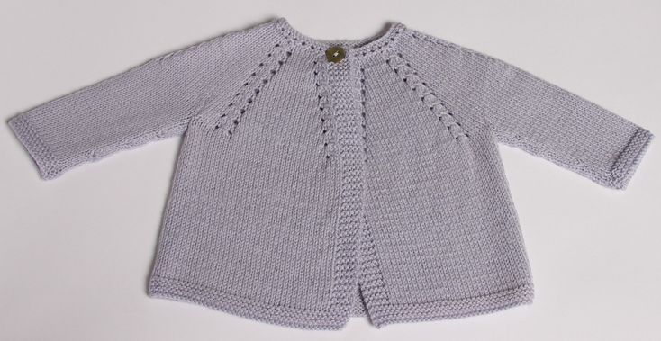 Ravelry: 4 / Cardigan for baby by Florence Merlin