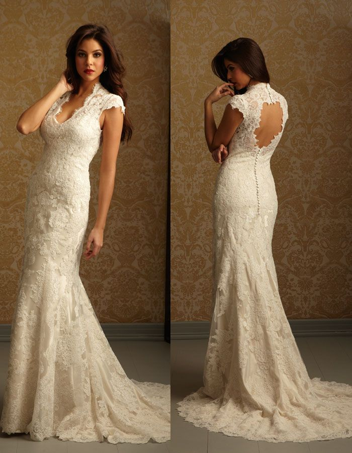 Allure 2455- keyhole back wedding dress- lace- cap sleeve- size 6/8