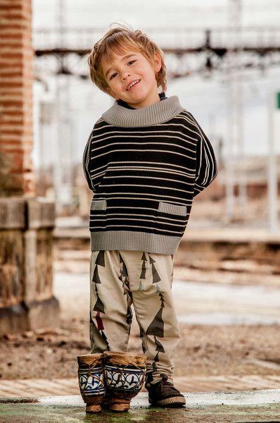 Merino knit sweater stripes and triangle pants by Perfect Days / CozyKidz.net