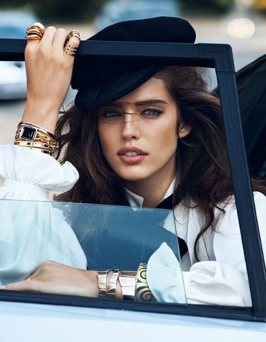 With Chanel's Première watch, Cartier's Trinity earrings and a Buccellati ring, this brown-haired, blue-eyed beauty brings Place Vendôme's all time greatest hits to the pages of the magazine.