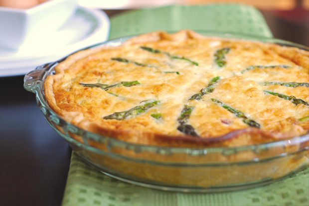 Asparagus Quiche Quickie - Perfect to enjoy for an outdoor summer lunch!