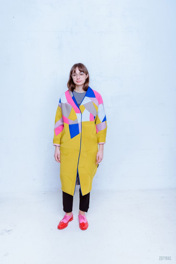October in Details Coat #fashion #zefyras #zefyrasfashion #minimalist #coat #colours #collection #details #colorful