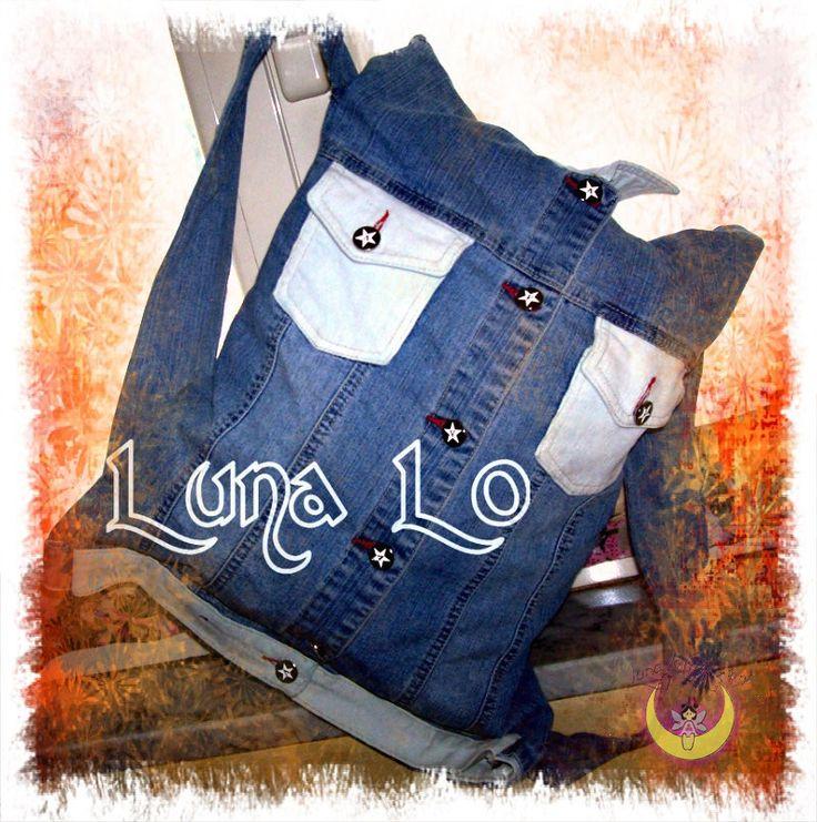 Zainetto nuovo da vecchio giubottino di jeans,cucito a mano.