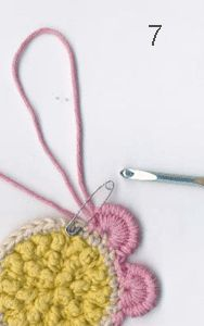 Crochet Tutorial for a very unusual picot stitch -- Russian Picot Daisy from Crochet Garden