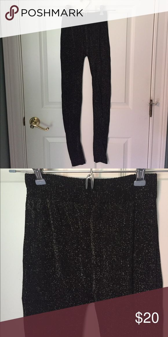 Sparkly leggings ✨ Worn once! Very stretchy, fun for a night out! Pants Leggings