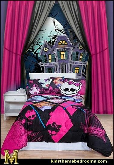 Monster high girls room