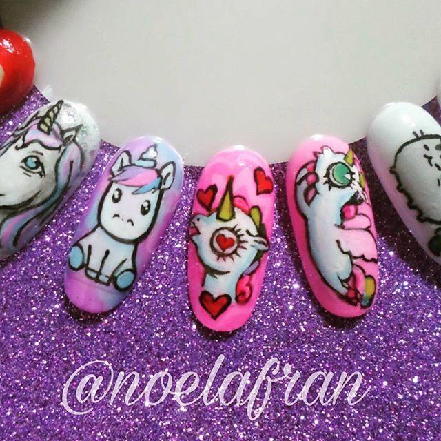 Unicornios ●Aprende a pintar sobre uñas!!! +info por privado  #nails #nailstagram #instanails #nails2inspire #nailart #nailsdesign #cursodenailart #l4l #like4like #forlike #follow #followme #uñas #micropintura #unicorn #unicornnails #unicornio #noelialafrannails