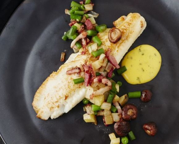 Recept tongscharfilet met salade liégeoise en béarnaise (Tongschar op z'n best van aug tot maart)