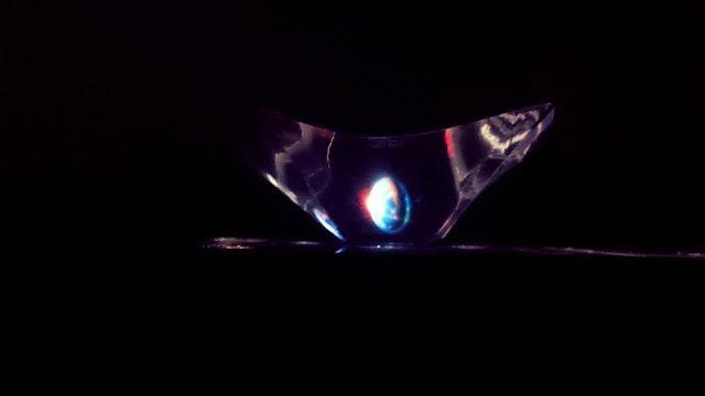Enjoy! Avant la lettre S: Alexa: DIY: Hologramă sau Cum să distrezi copilul..din ti...