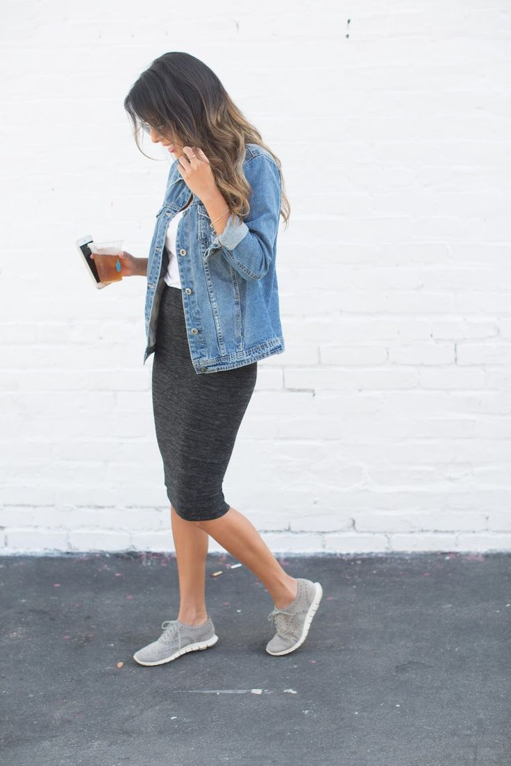 how to wear denim jacket, tennis shoes with skirts, how to wear denim jacket, casual weekend outfit, venice california