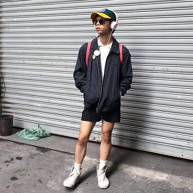 "3 Likes, 2 Comments - BB boii (@gameiiboii) on Instagram: ""brand: BIG BELL color: skin/white on navy 340k"""